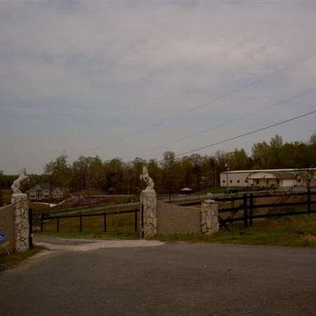 Boarding Facility-Fantasia Farms Inc.