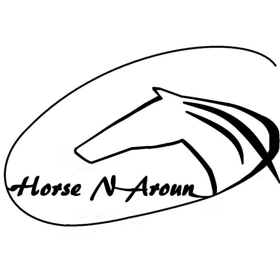 Horse N Aroun