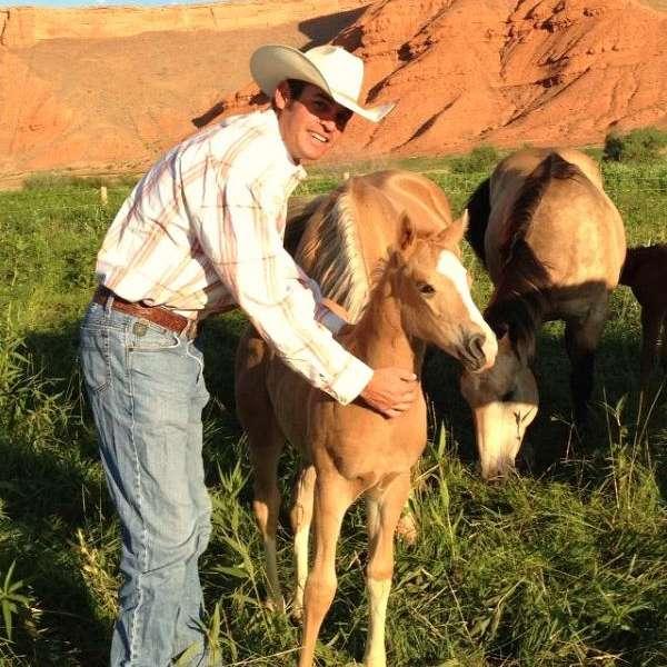 Show Me Ranch