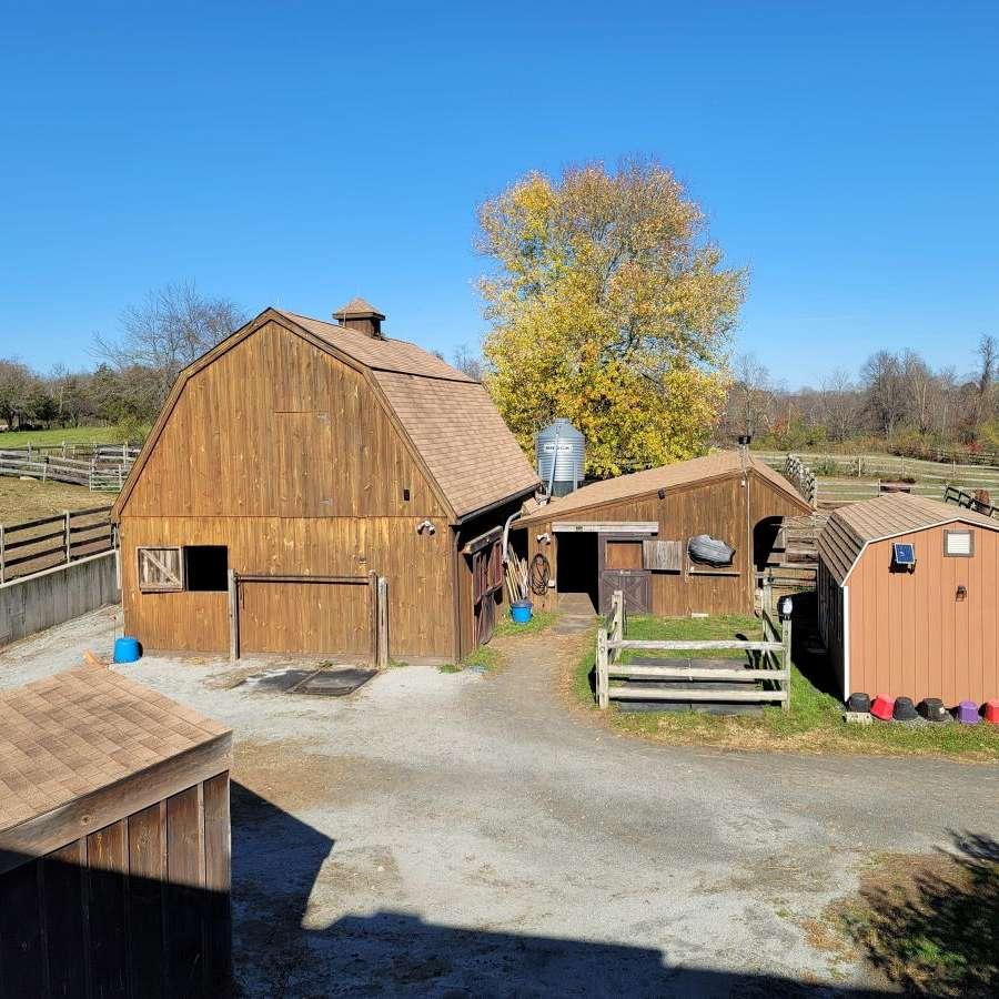 Meadow View Horse Farm LLC