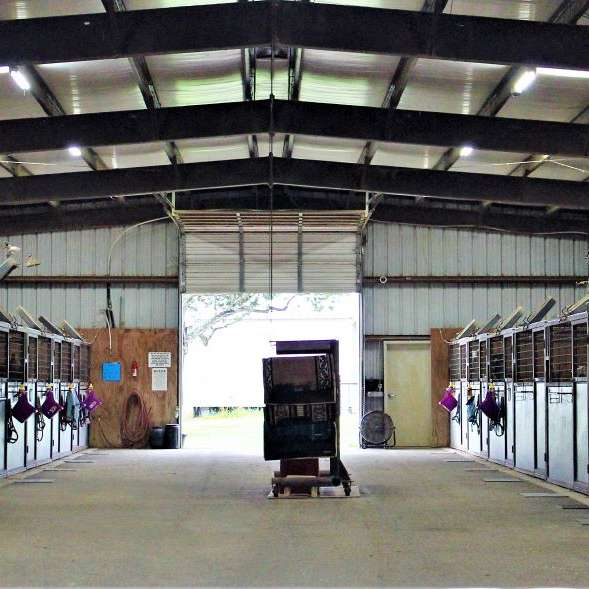Rock-N-Oaks Stables