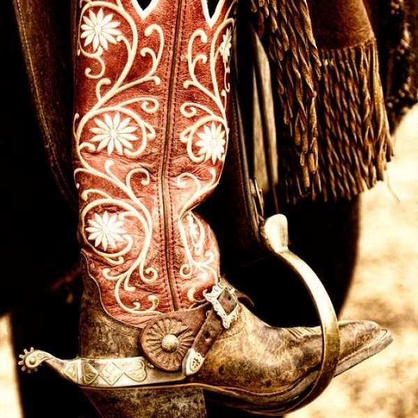 Boots N Spurs