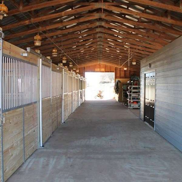 Canterwood Stables