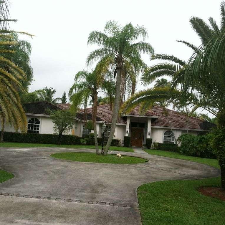Pinewood  5735 NW 77 Ter Parkland FL 33067