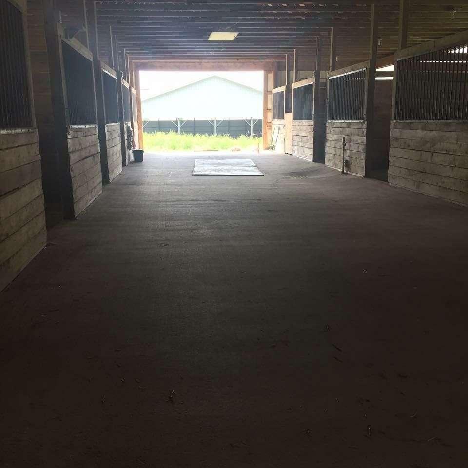Pinewood Farm LLC
