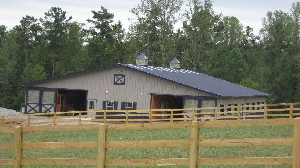 Classic colors farm llc on equinenow for Classic homes realty llc
