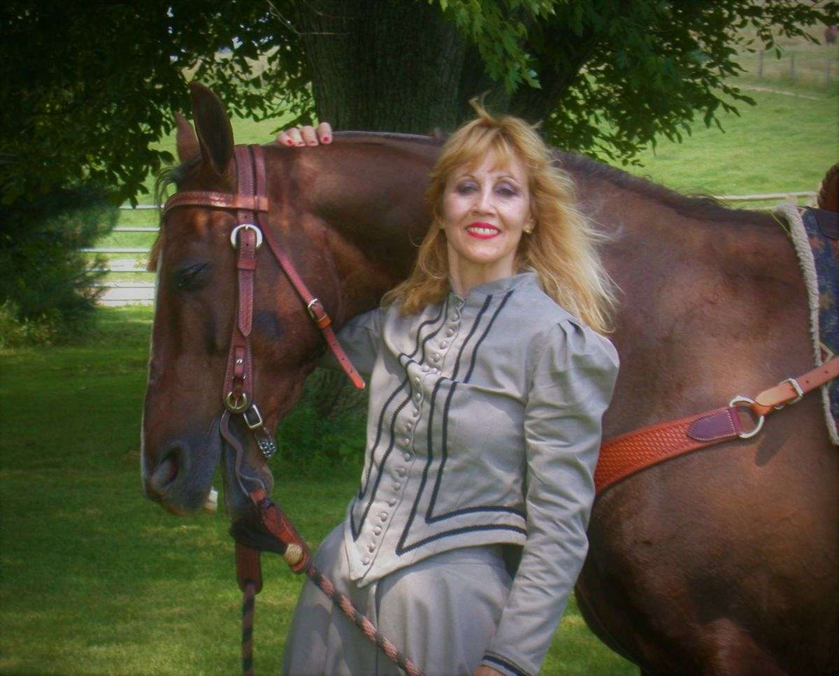 Just The Right Horse American Saddlebred Farm On Equinenow